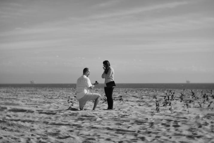 beach-engagement-nate-jessica
